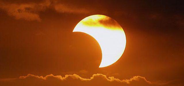 Saiba como assistir ao vivo o eclipse solar deste domingo