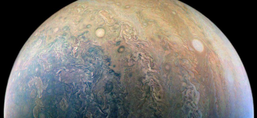 NASA libera imagens impressionantes de Júpiter