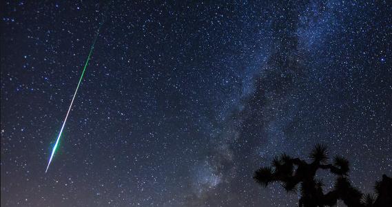 Saiba como observar uma das maiores chuvas de meteoros do ano