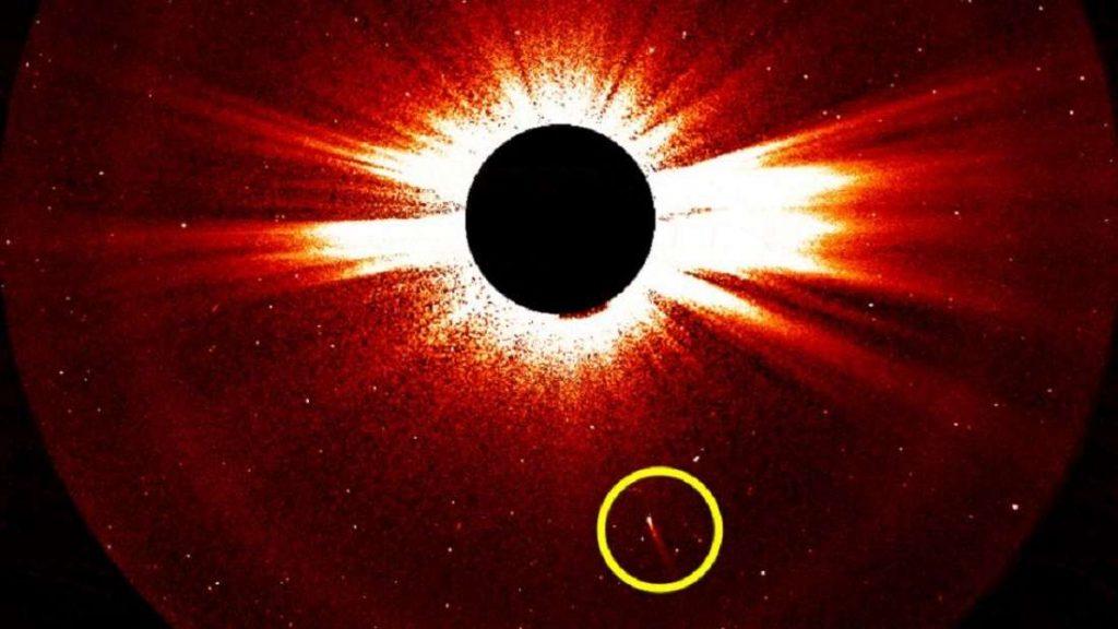 O cometa visto pelo STEREO.