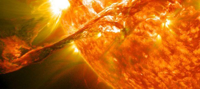 Astrônomos observam e registram tornado no Sol