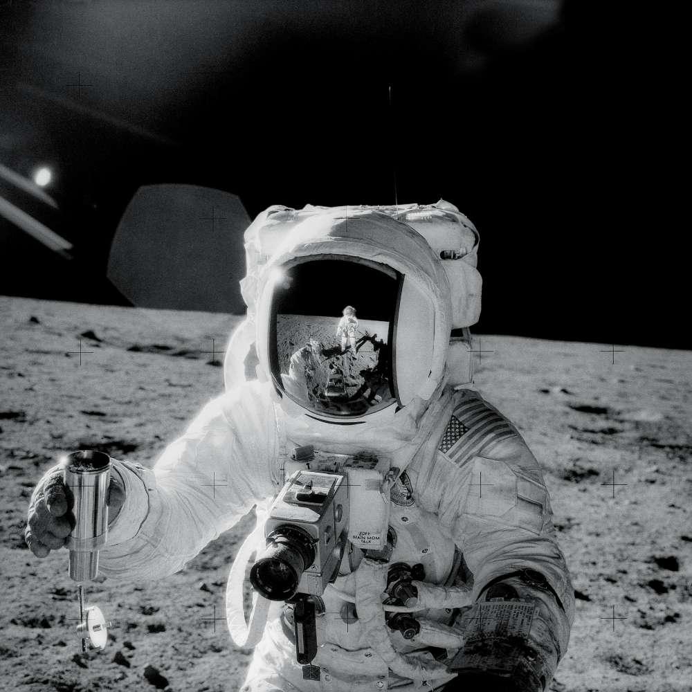 Foto de Allan na Lua.